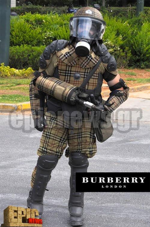 ΜΑΤ νέα στολή Burberry